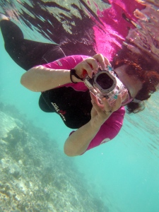 Compact Camera in underwater housing